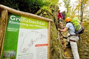 Klettersteig Pfalz : Wandern und klettern auf dem mittelrhein klettersteig bei boppard